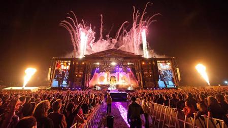 Kerrang: Avenged Sevenfold's 13 Most Insane Live Moments.
